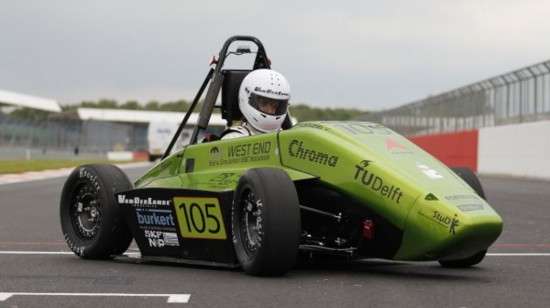 how-do-racing-teams-store-and-transport-fuel