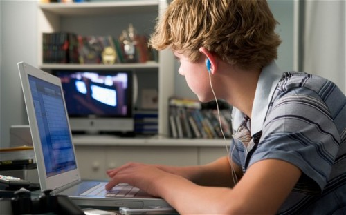 keep-teens-away-from-online-dangers