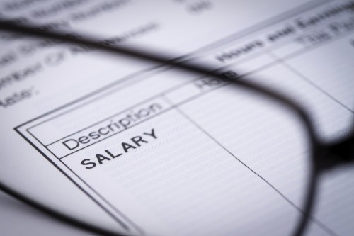 keeping-track-of-your-workers-payroll-with-effective-equipment