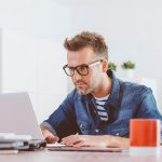 Pros And Cons Of Freelancing As A Web Developer