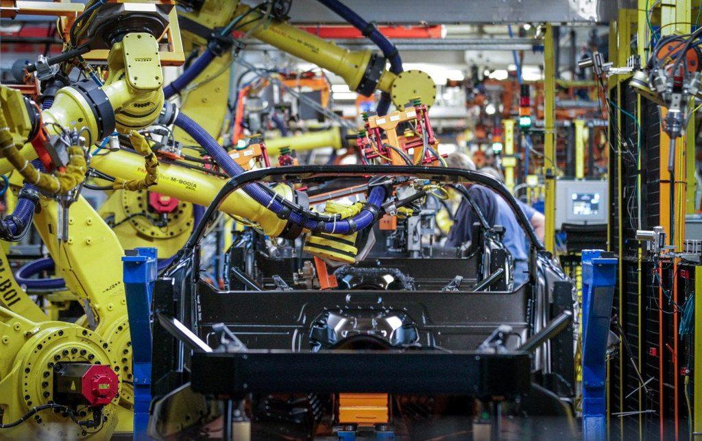 production-methods-for-corvette-stingray
