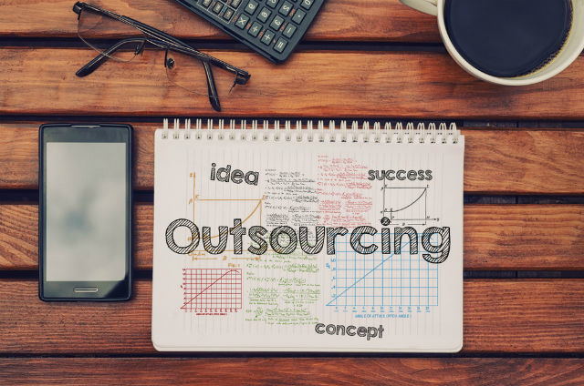 Is Outsourcing Helpful For Ecommerce Business?