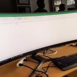 Desktops Are Like Open Books – Here's What Your Screen Has To Say