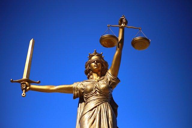 Should I Become A Criminal Defense Lawyer?