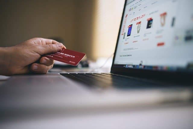 How Do Credit Card Companies Profit From Cashback?