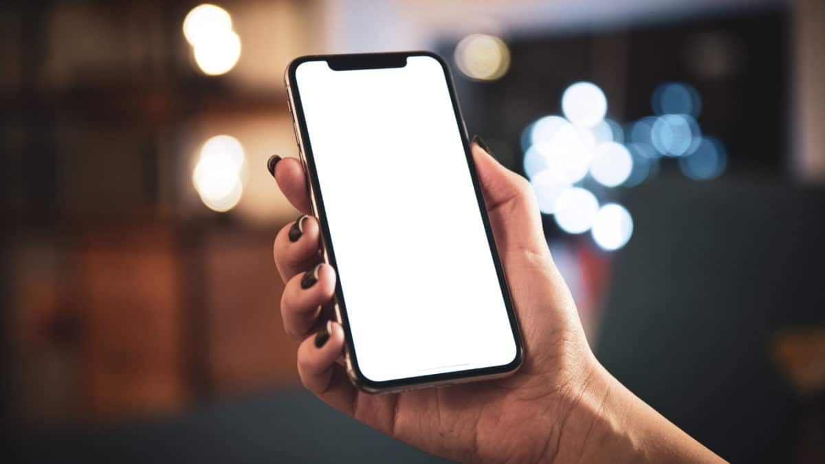 Cracking The Code: 4 Ways To Unlock iPhone