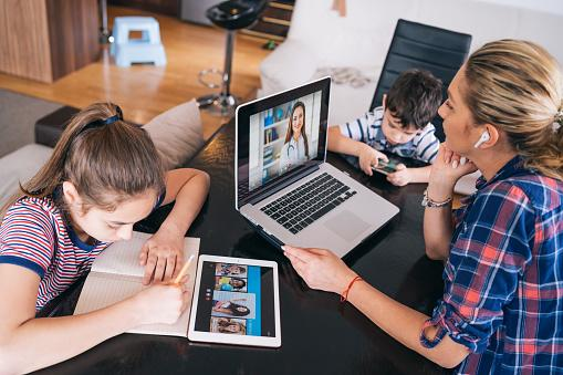 4 Reasons to Monitor the Communication Activities of Your Kids