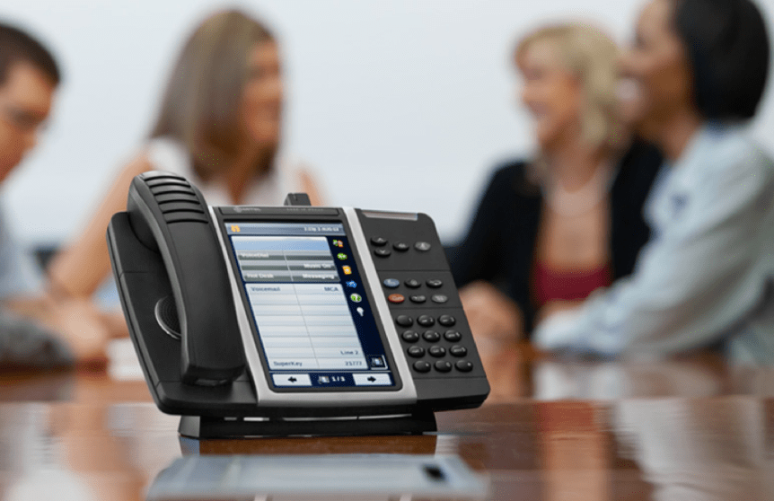 Going Multichannel in 2021: The 5 Best VoIP Business Phone Services for Tech Companies