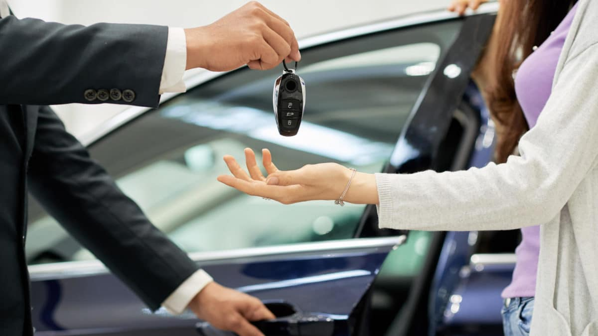 How Much Does a Car Cost? Top Tips for Saving Money When Car Shopping