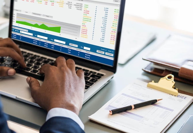 Advanced Software Makes Thriving Easier for Professional Finance Students
