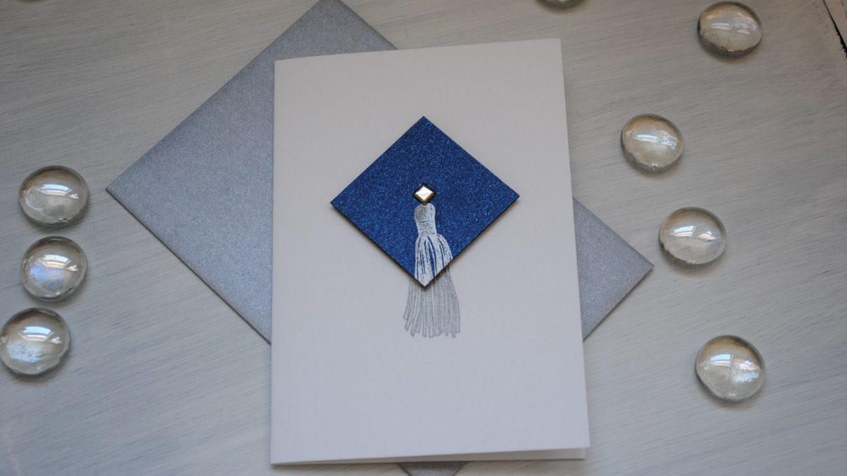 Tips For Creating A Customized Graduation Card
