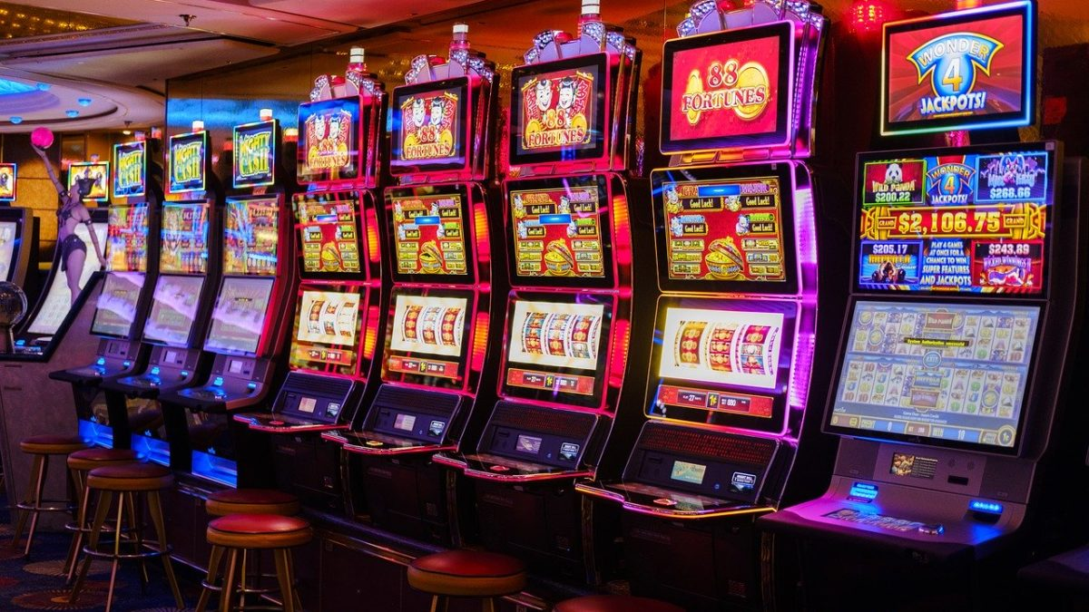 What to Look for in An Online Slot Machine Singapore