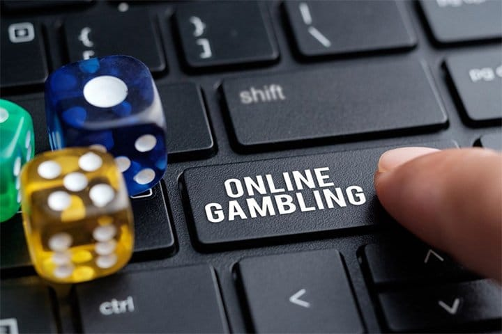 Is the Online Gambling World Better than the Real One?