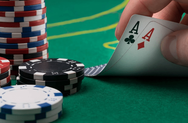 How to Make Money Playing Internet Casino Games